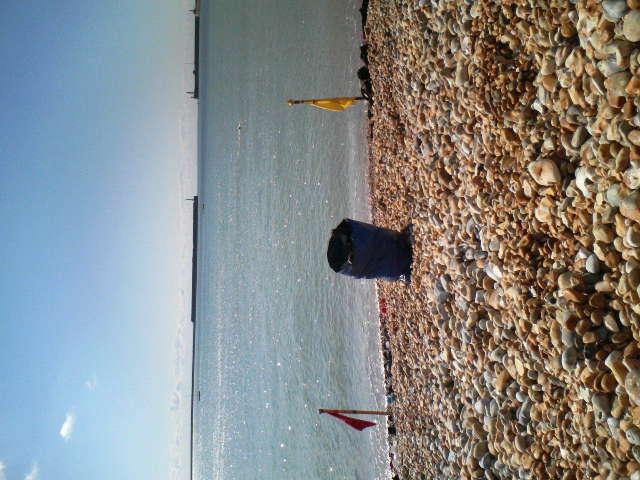 ドーバー、週末の海練習