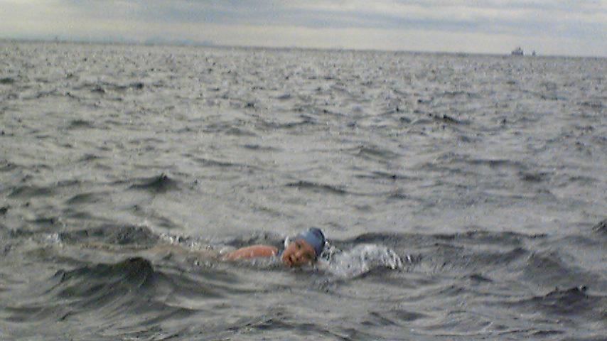 今、津軽海峡です。